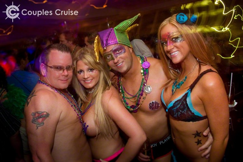 Couples, all ready for Mardi Gras Night